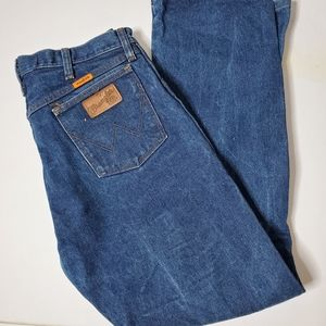 Wrangler Flame Resistant jeans 33X 32